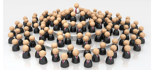 groip of business people tiered with higher person in centre